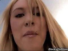 interracial mom fucking movies - Lilly Kyle has a gorgeous white body and her pink pussy shows well against it.  Much to her pleasure Justin Long gets to lick and finger it too.  Soon