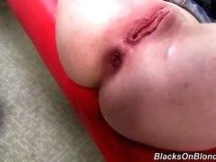 Wayward Jennifer White is having amazing sex